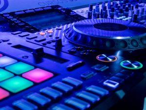 EQUIPAMENTOS DJ